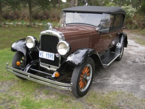 1928 Oakland Touring Car