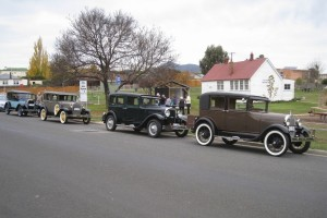 Vintage Vehicles and Members enjoying the Avoca lunch stop