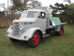 1947 Bedford O Flat Tray