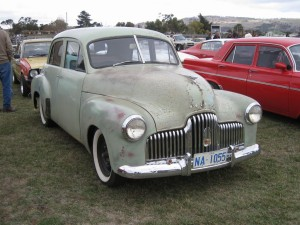 48-215 Holden with original rego and paint