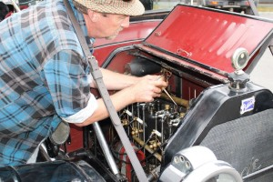 1913 Buick - Oiling of the Top End