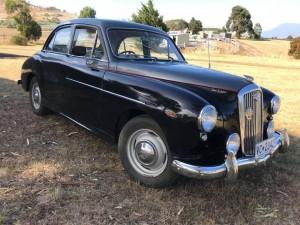 10 - 1953 Wolseley 444